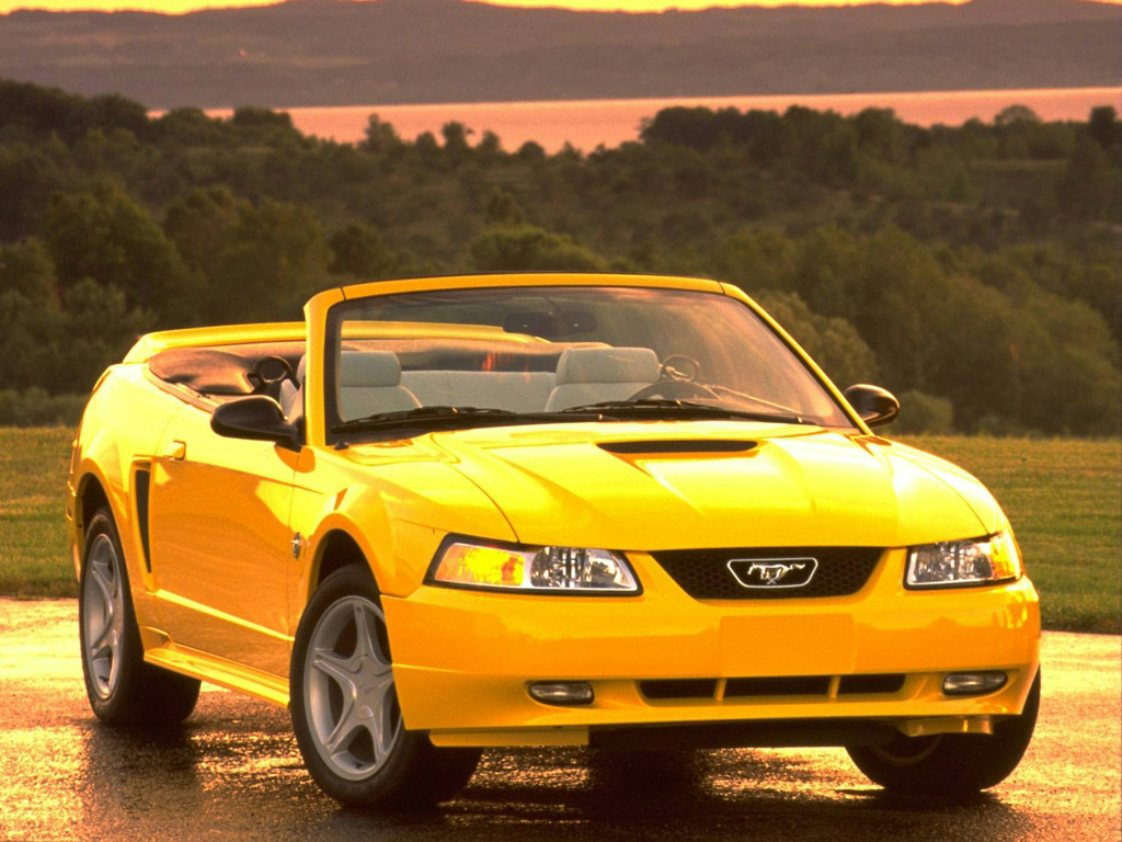 Ford Mustang Photo Gallery: 1999 GT convertible | Shnack.com