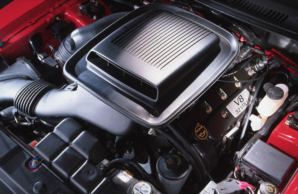 2003 Mach 1 engine | Ford Mustang Photo Gallery | Shnack.com