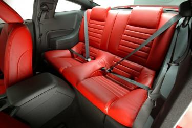 2005 GT interior