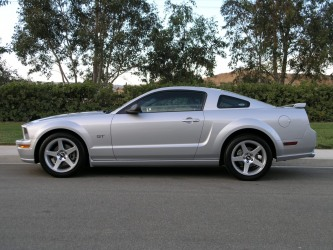 2005 GT with 18 inch cobra rims